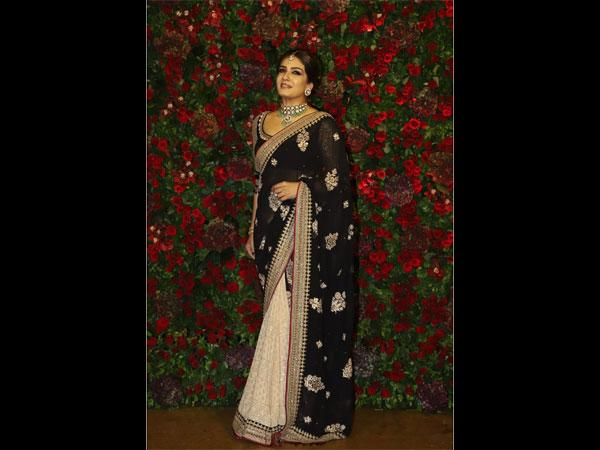 8ee8d2f32c9 Oh No! Raveena Tandon Didn t Look So Ravishing At Deepika-Ranveer s Wedding  Reception