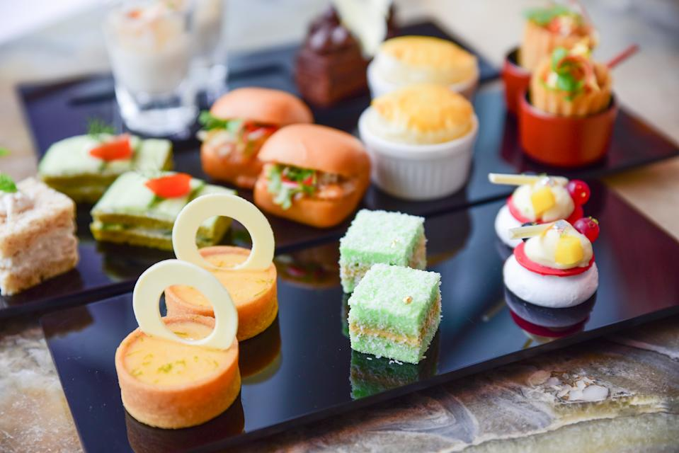 Best of Both Worlds Afternoon Tea. (PHOTO: The Fullerton Hotel)