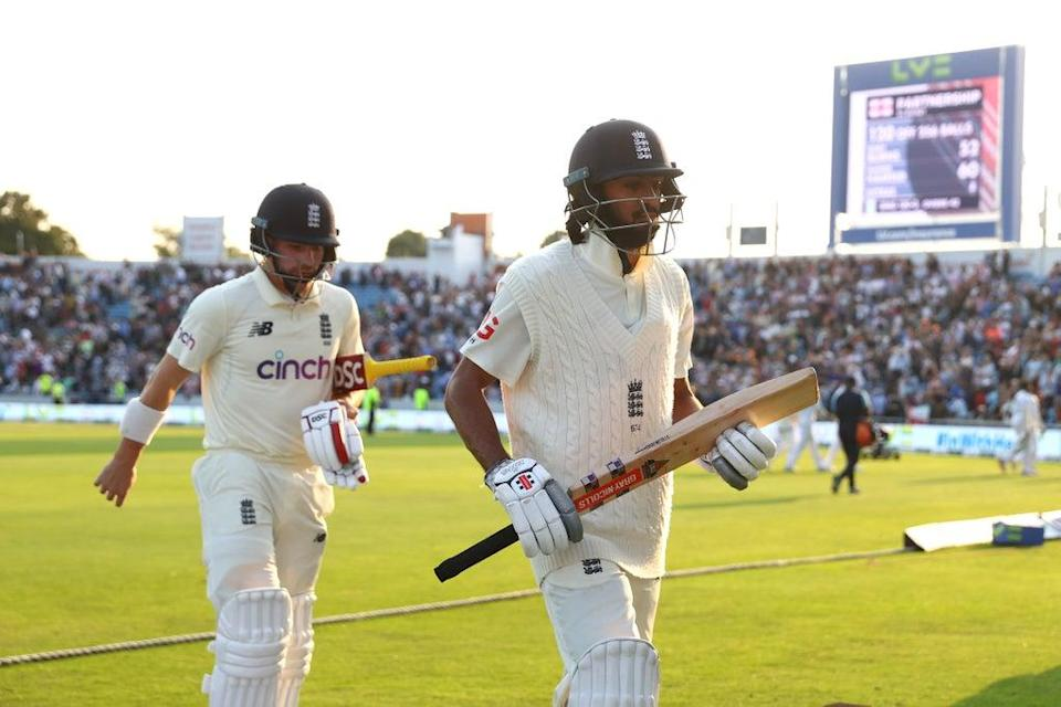 Haseeb Hameed and Rory Burns walk off with England's lead 42 (Michael Steele/Getty Images)