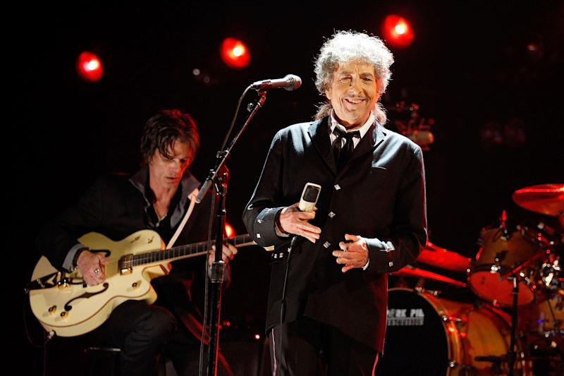 Legendary musician Bob Dylan was awarded the Nobel Prize in Literature 2016 on Thursday, Oct. 13 — get the details!