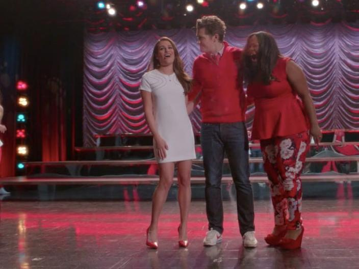 Rachel Berry pairs the look with red heels.