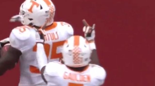 Rashaan Gaulden thought it was a good idea to flip off the Alabama crowd after his team trimmed the lead to just 28-7. (Screen shot)