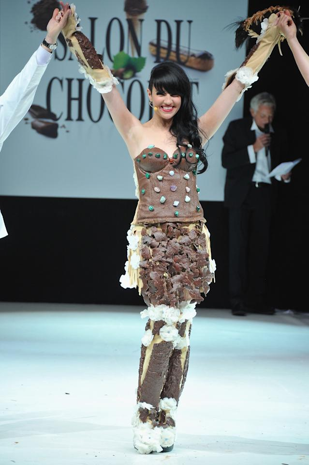 PARIS, FRANCE - OCTOBER 30:  Tara McDonald walks down the runway during the 18th Salon Du Chocolat at Parc des Expositions Porte de Versailles on October 30, 2012 in Paris, France.  (Photo by Pascal Le Segretain/Getty Images)