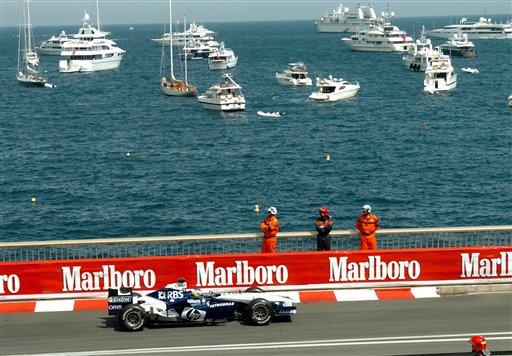 German driver Nick Heidfeld steers his Williams BMW on his way to taking the second place of the Monaco Formula 1 Grand Prix, Sunday, May 22, 2005. (AP Photo/Claude Paris)
