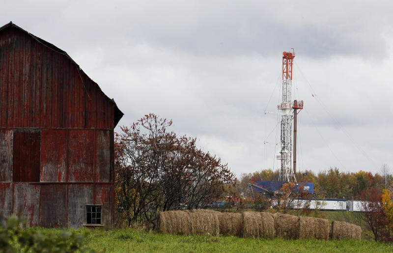 Both sides agree on tough new fracking standards
