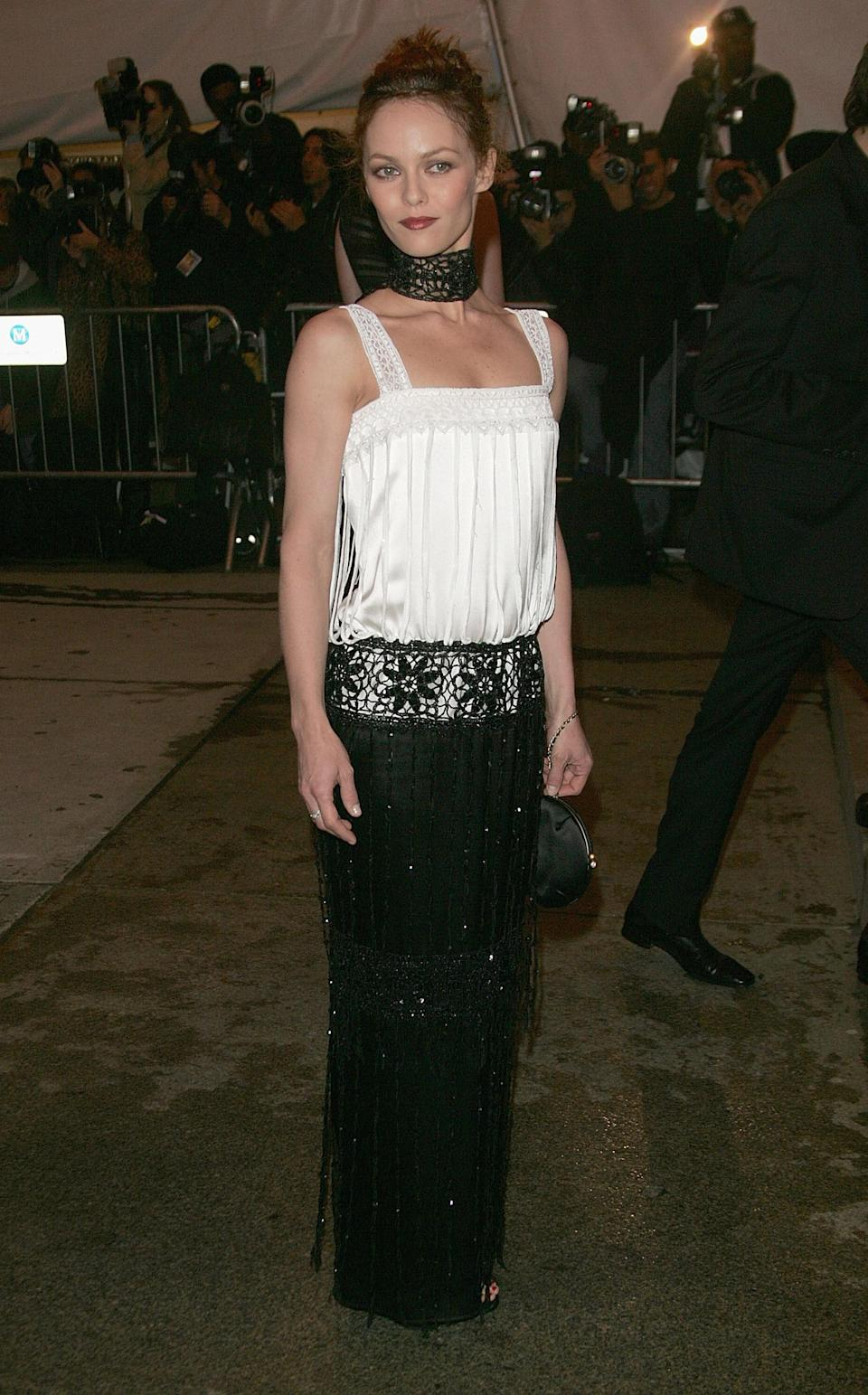 """<h1 class=""""title"""">Vanessa Paradis in Chanel, 2005</h1><cite class=""""credit"""">Photo: Getty Images</cite>"""