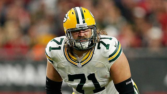 Josh Sitton is staying in the NFC North after the former Packers guard signed a three-year deal with the Bears.