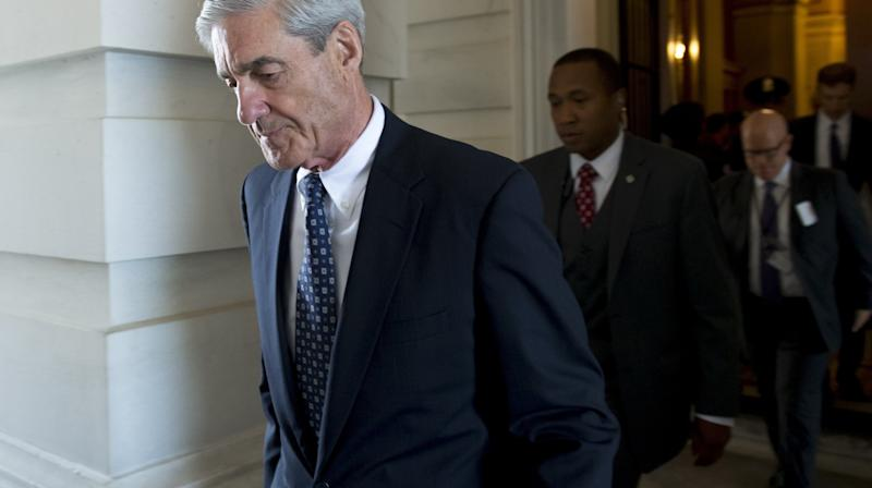 As Russia Probe Heats Up, Conservatives Call For Special Counsel Mueller To Quit