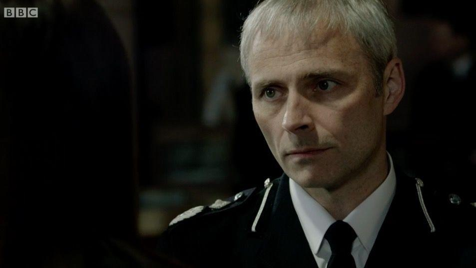 <p>Mike was played by Richard Mark Bonnar</p>