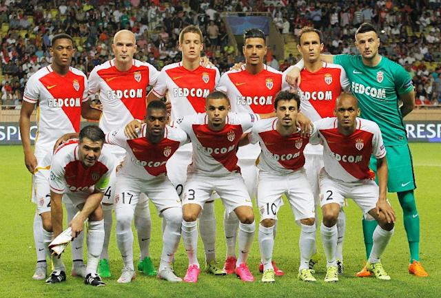 Monaco players pose prior to the UEFA Champions League playoff football match between AS Monaco FC vs Valencia CF, at the Louis II Stadium, in Monaco, on August 25, 2015 (AFP Photo/Jean Christophe Magnenet)