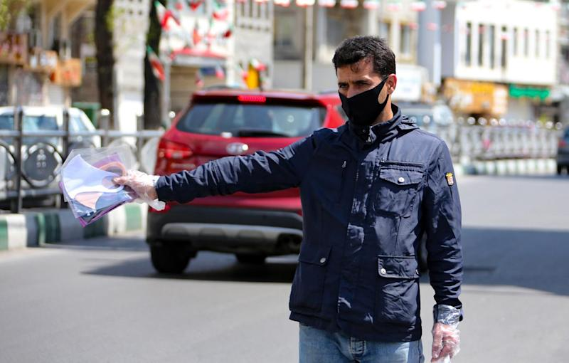 Coronavirus, in Iran 122 morti in 24 ore