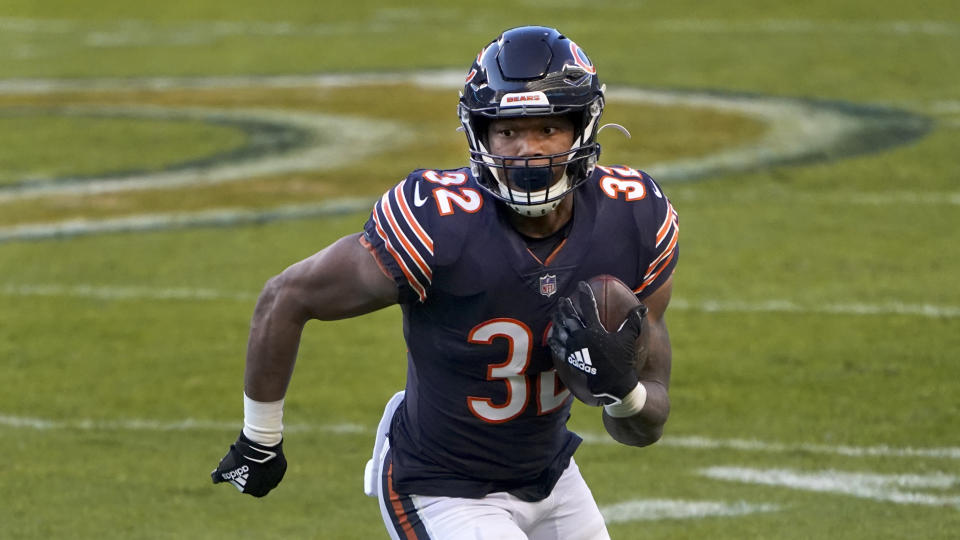 Chicago Bears running back David Montgomery carries the ball during the first half of an NFL football game against the New Orleans Saints in Chicago, Sunday, Nov. 1, 2020. (AP Photo/Charles Rex Arbogast)