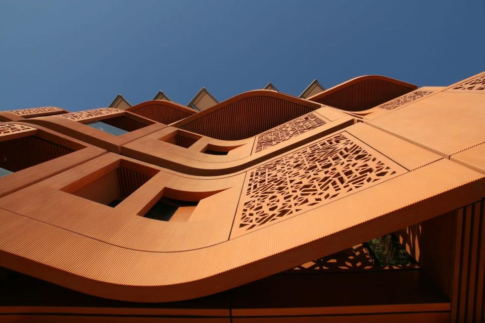Panels deflect heat at Masdar Institute of Science and TechnologyGetty Images/iStockphoto