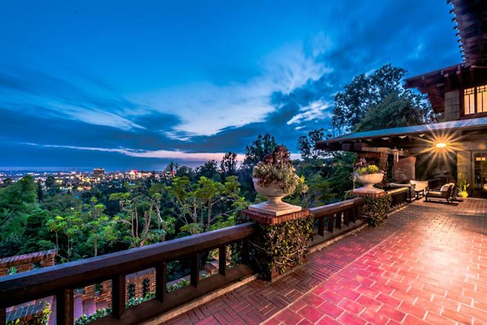 <p>The view from the front porch reveals that Artemesia is only about 10 minutes (and two security gates) away from Hollywood's hustle and bustle.</p>