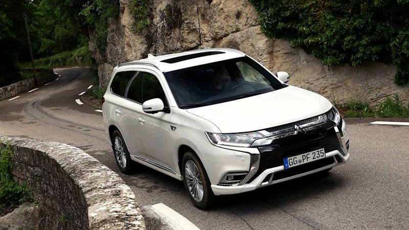 2019       Mitsubishi       Outlander       PHEV    first drive  High voltage