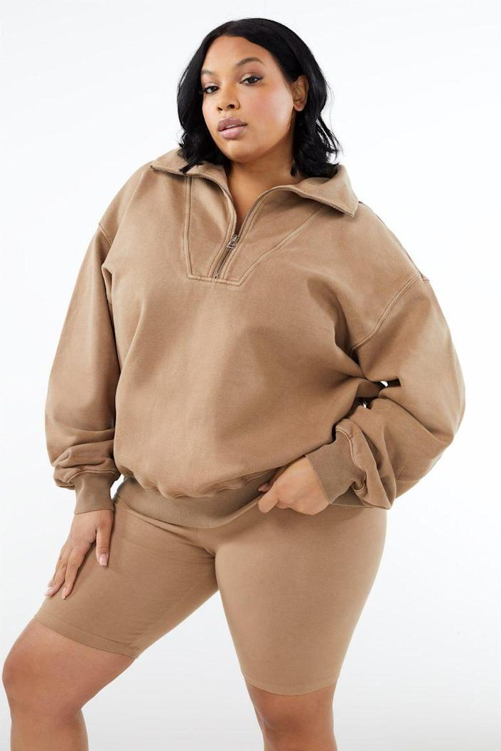 "The drop shoulder and baggy sleeves make this fleece-lined pullover extra cozy. $129, Good American. <a href=""https://www.goodamerican.com/products/nautical-crew-putty001"" rel=""nofollow noopener"" target=""_blank"" data-ylk=""slk:Get it now!"" class=""link rapid-noclick-resp"">Get it now!</a>"