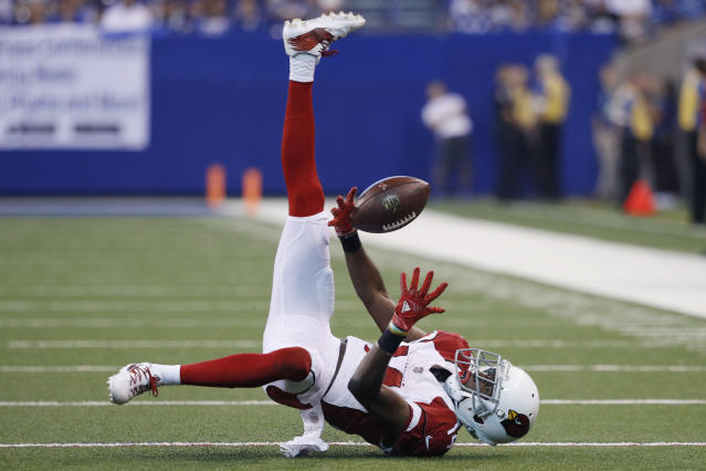 <p>J.J. Nelson #14 of the Arizona Cardinals makes a juggling catch in the second quarter of a game against the Indianapolis Colts at Lucas Oil Stadium on September 17, 2017 in Indianapolis, Indiana. (Photo by Joe Robbins/Getty Images) </p>