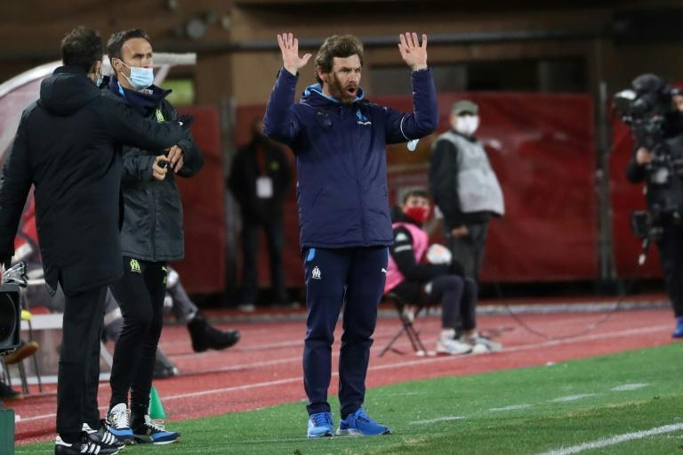 Andre Villas-Boas watched his side lose for the fourth consecutive game in all competitions