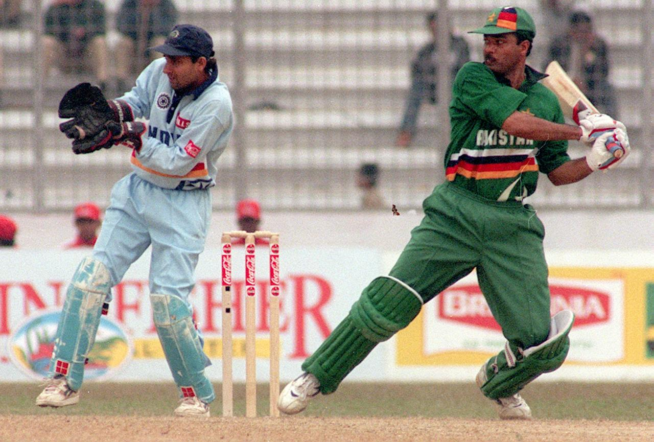 Pakistani batsman Ijaz Ahmed cuts on his way to  117 in the third and final match of Independence Cup finals against India at Dhaka 18 January. Ijaz and Saeed Anwar (140)  lifted Pakistan to 314-5 from 48 overs. AFP PHOTO/MUFTY MUNIR
