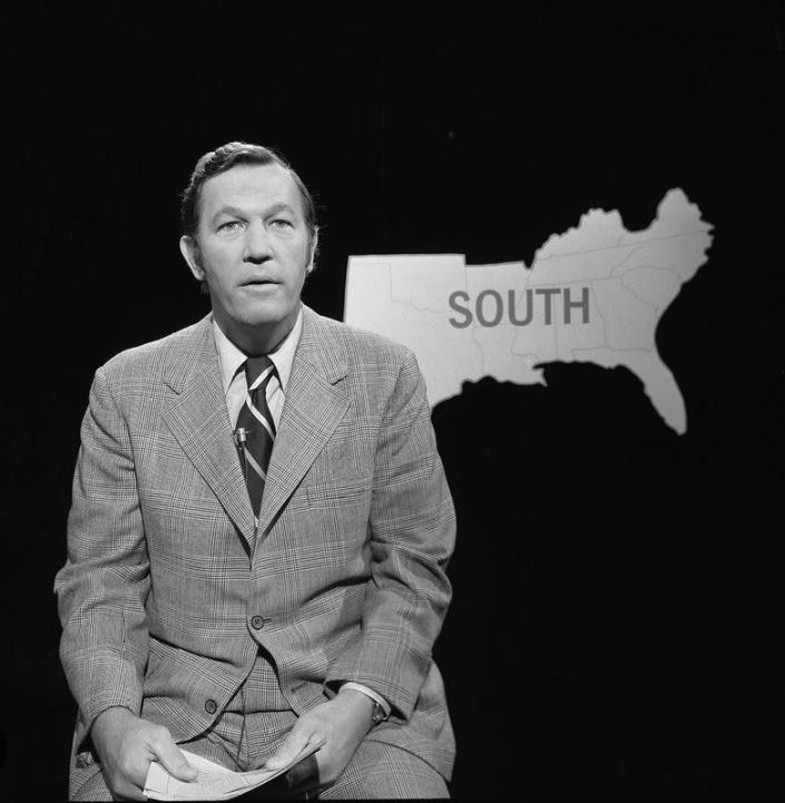 CBS correspondent Roger Mudd poses in advance of Election Night '74