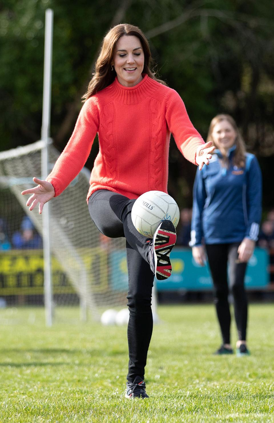 GALWAY, IRELAND - MARCH 05: Catherine, Duchess of Cambridge visits Salthill GAA club and participate in some hurling and gaelic football on the third day of their first official visit to Ireland on March 5, 2020 in Galway, Ireland.   (Photo by Julien BehalPool/Samir Hussein/WireImage)