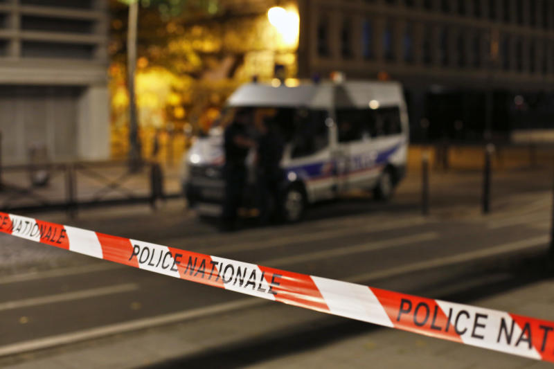 Paris knife attacker injures seven