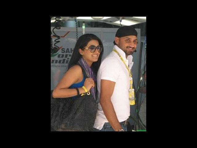 <b>4. Geeta Basra and Harbhajan Singh</b><br> After being 'just good friends' for some time, they have finally proclaimed their relationship.While the pre-nuptial ceremony will be held at Geeta's hometown Yorkshire in the UK, the marriage will be held in Jalandhar at the cricketer's residence. Cricketers and Bollywood divas make a double-glam couple and we hope this jodi does the same.