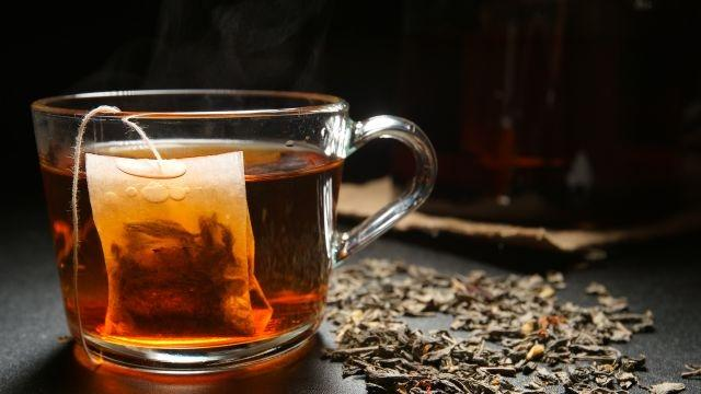 Can drinking hot tea increase your risk of oesophageal cancer?