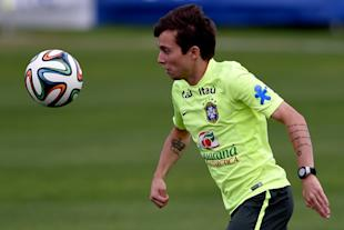Bernard works out during Brazil's training session at Granja Comary. (Getty Images)