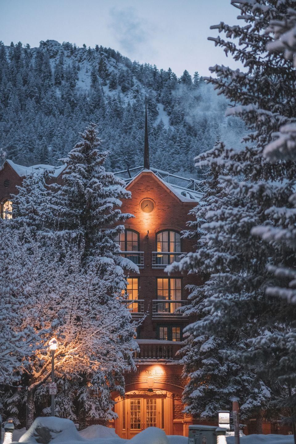 "<p>This chic ski town offers everything you need for a cozy Valentine's weekend trip. With a charming downtown that offers a lively balance of European Alpine and American West dining and drinks—along with fabulous shopping—après-ski is always just around the corner. </p><p><a href=""https://www.marriott.com/hotels/travel/asexr-the-st-regis-aspen-resort/"" rel=""nofollow noopener"" target=""_blank"" data-ylk=""slk:The St. Regis Aspen"" class=""link rapid-noclick-resp"">The St. Regis Aspen</a> offers delightful amenities for design enthusiasts, foodies, adrenaline-lovers, spa junkies, and everyone in between, making it an ideal place to foster your passions together while away. This Gilded Age mountain estate offers luxe amenities at every turn—exploring the majestic winter terrain in a BMW, a nightly (complimentary!) Champagne Sabering ceremony, a decadent spa, and endless winter activities to enjoy the best of The Rockies. </p>"