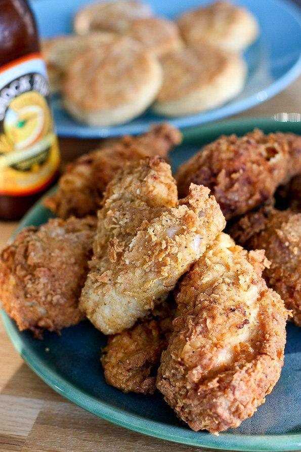 "<strong>Get the <a href=""http://www.steamykitchen.com/6403-pioneer-womans-buttermilk-fried-chicken.html"" target=""_blank"">Pioneer Woman's Fried Chicken recipe</a> by Steamy Kitchen</strong>"