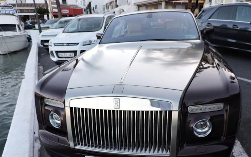 Rolls Royce Phantom Coupe - Central News