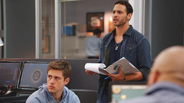 """Aaron Tveit as Mike Warren and Daniel Sunjata as Paul Briggs in the Series Premiere of USA Network's """"Graceland."""""""