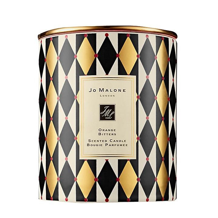 <p>This Christmas candle is a winner in our eyes. Infused with bitter orange and sweet mandarin, it will fill the home with festive vibes. </p>
