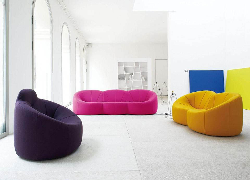 """<p><a href=""""https://www.ligne-roset.com/en/modele/living/armchairs/pumpkin/1509"""" rel=""""nofollow noopener"""" target=""""_blank"""" data-ylk=""""slk:This piece"""" class=""""link rapid-noclick-resp"""">This piece</a> does in fact credit its shape to the eponymous gourd. Designed exclusively for the Elysée Palace during the Georges Pompidou presidency, the sofa lends itself to total comfort with a """"protective"""" shell. It's no wonder the masses, including French designer <a href=""""https://www.fleurdelesalle.com/"""" rel=""""nofollow noopener"""" target=""""_blank"""" data-ylk=""""slk:Fleur Delesalle"""" class=""""link rapid-noclick-resp"""">Fleur Delesalle</a>, have been sinking back into its inviting shape.</p>"""
