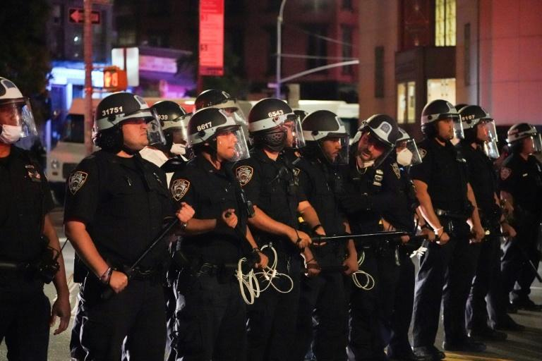 Several US cities have been placed under curfew after days of violent demonstrations, which have fanned concerns about a fresh spike in virus infections just as the country was trying to emerge from lockdown