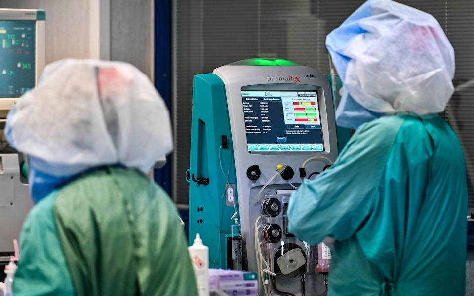 Analysis found that organs obtained from white donors have a better success rate when given to a person of a different ethnicity than other organs - Andreas Solaro/AFP via Getty Images