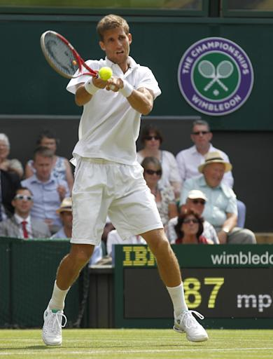 Nadal advances to Wimbledon's 2nd round