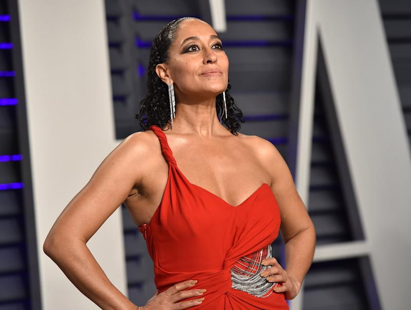 BEVERLY HILLS, CA - FEBRUARY 24: Tracee Ellis Ross attends the 2019 Vanity Fair Oscar Party hosted by Radhika Jones at Wallis Annenberg Center for the Performing Arts on February 24, 2019 in Beverly Hills, California. (Photo by John Shearer/Getty Images)