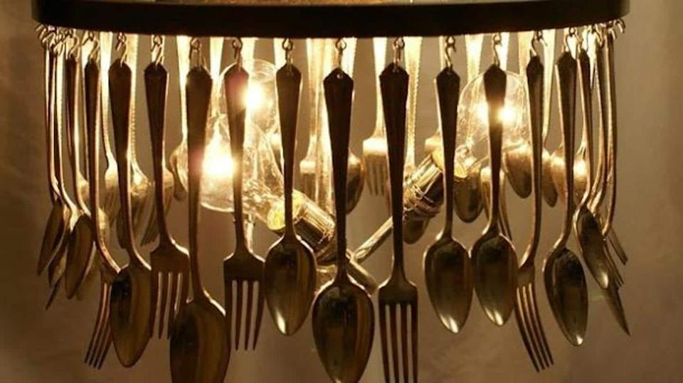 Turn old utensils in your kitchen to decor elements