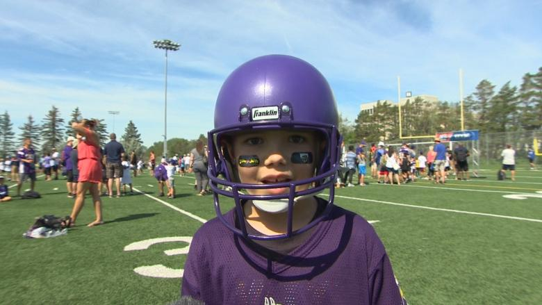 Gridiron dreams: Manitoba kids become NFL pros for a day