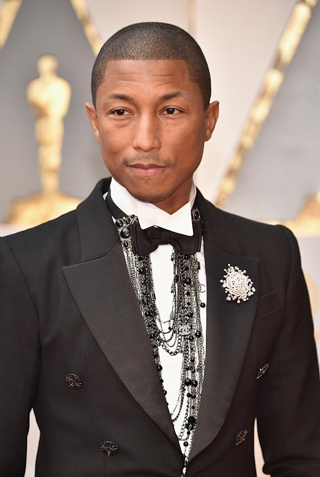 <p>Williams's Chanel look at the 89th Annual Academy Awardsfeatured layered necklaces with black pearls. (Photo: Getty Images) </p>