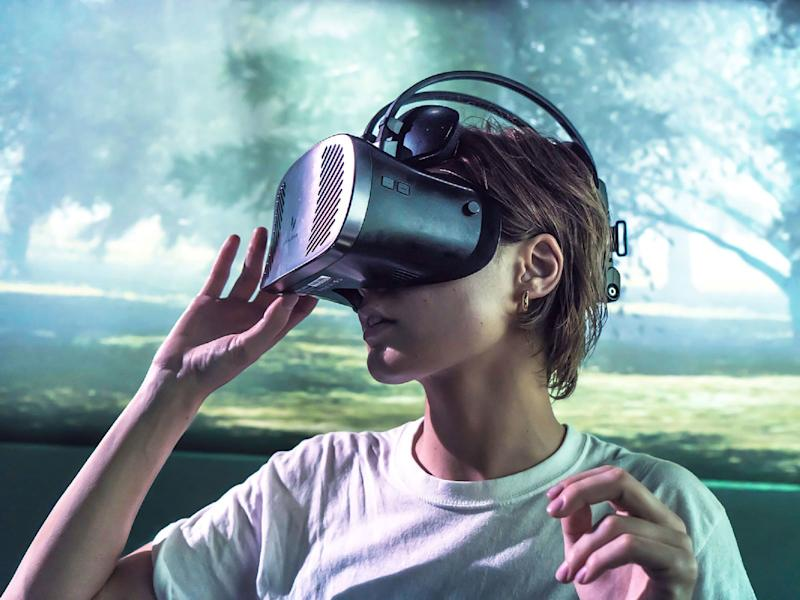 I Ate at a Virtual Reality Restaurant and ... It's the Future?