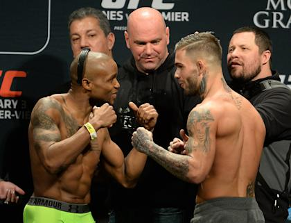 Dana White looks on as Marcus Brimage and Cody Garbrandt face off during the weigh in for their bantamweight bout. (USA TODAY Sports)