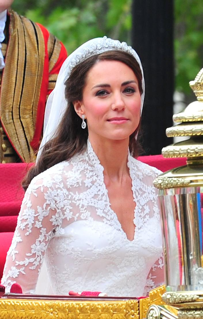 kate middleton wedding tiara