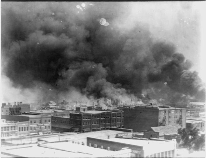 This image obtained from the US Library of Congress, shows Tulsa, Oklahoma aflame during the 1921 during a mob attack on the black district of Greenwood by white residents (AFP Photo/-)