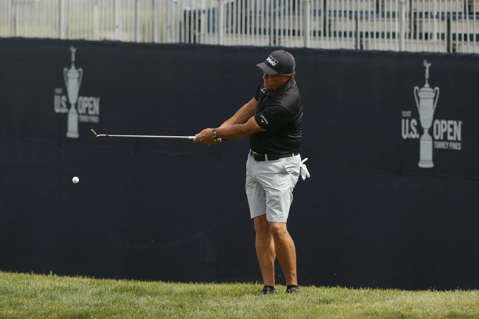 Sun's out, calves out for Phil Mickelson. (Photo by Ezra Shaw/Getty Images)