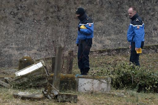 Five French teens held for vandalising Jewish graves
