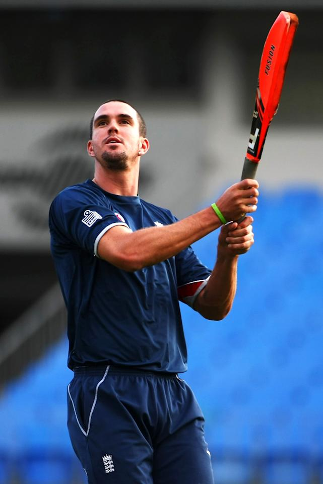 Kevin Pietersen of England looks on after attempting to hit the ball out of the ground during a nets session at Eden Park on February 4, 2008 in Auckland, New Zealand.  (Photo by Clive Rose/Getty Images)