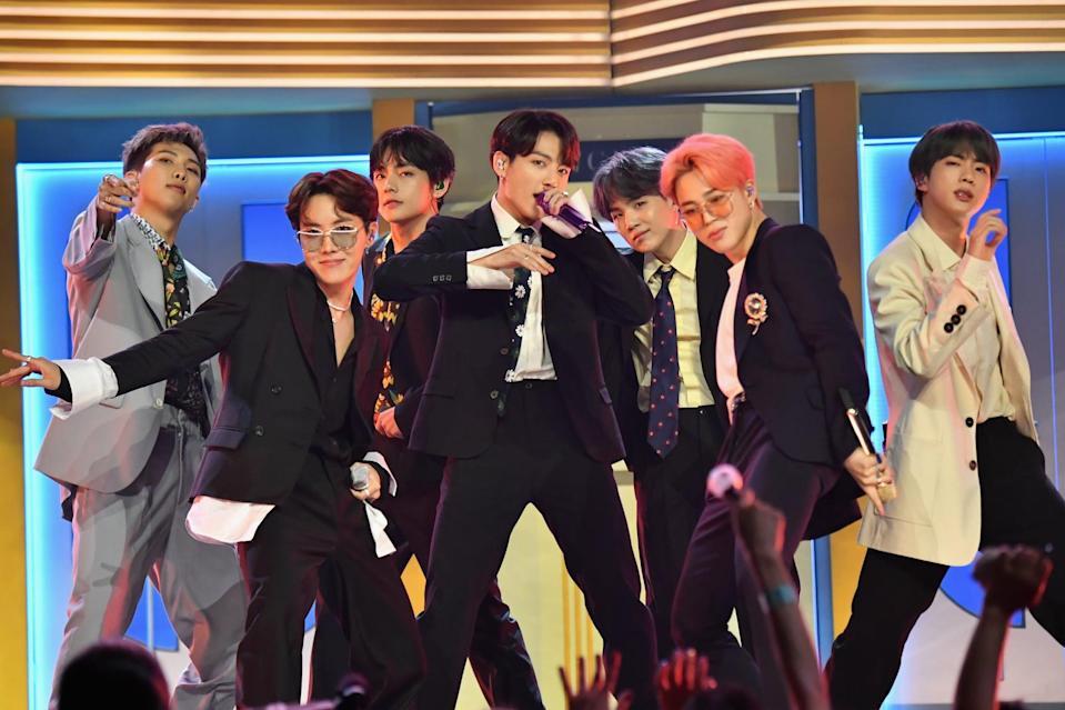 """<p>""""Black Swan"""" is a new song by BTS that dropped on Jan. 17, 2020. Already, it's become the first song by a Korean group to reach the <a href=""""http://unitedkpop.com/2020/01/news-bts-sweeps-european-itunes-with-black-swan/"""" class=""""link rapid-noclick-resp"""" rel=""""nofollow noopener"""" target=""""_blank"""" data-ylk=""""slk:top of the United Kingdom iTunes chart"""">top of the United Kingdom iTunes chart</a>. """"Boy With Luv"""" was the previous record-holding song, which had debuted in the No. 2 spot.</p>"""